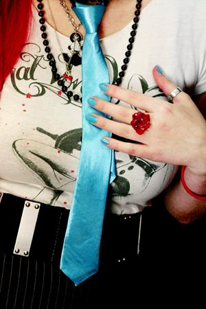 Tie W/ Zipper -turquoise