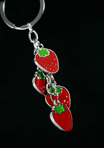 Strawberry -Avaimenperä 03669