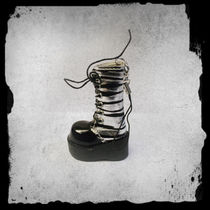 KeyRing -Goth Boot -Silver