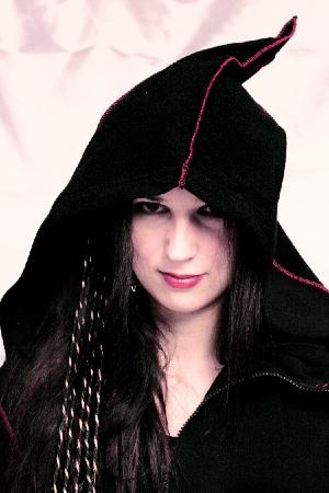 Long Fleece -black W/ Red