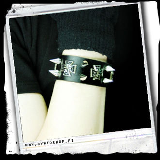 Leather bracelet -Maltese cross and spike studs -A/23/3