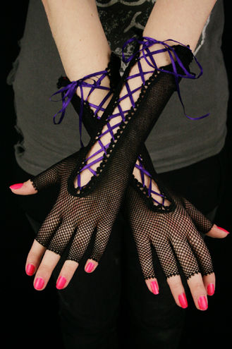 A. Ribbon Gloves -Black/purple