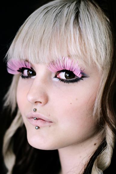 Tekoripset -pinkki Kiilto Raita -maxi